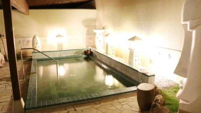 四季の湯 女性用露天風呂